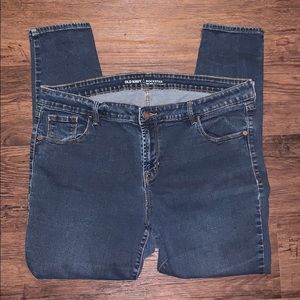 Old Navy mid-rise skinny jeans size 18